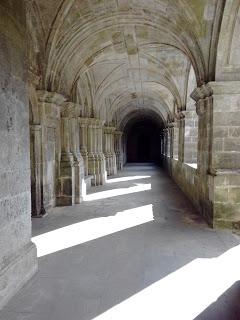El increíble monasterio de Sobrado dos Monxes, con niños