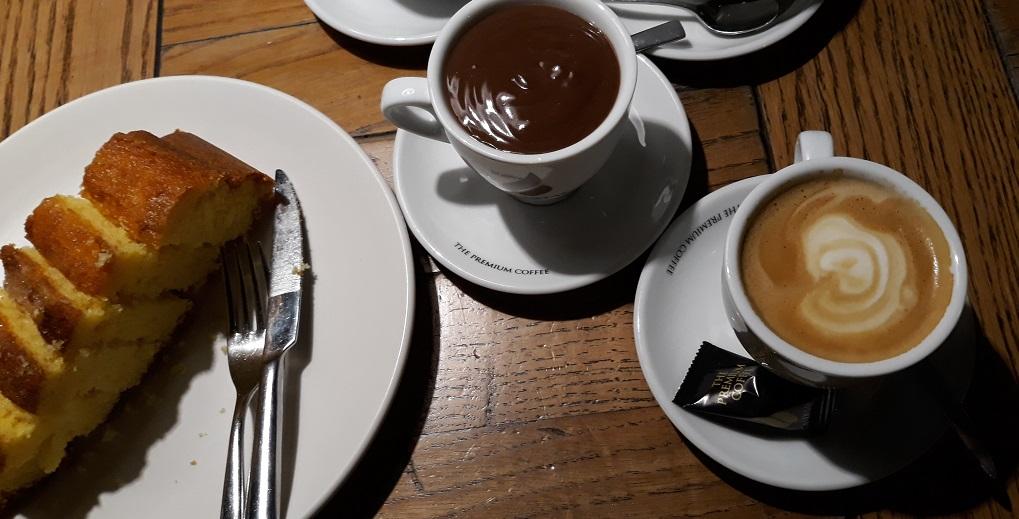 Dónde tomar chocolate con churros con niños en Galicia