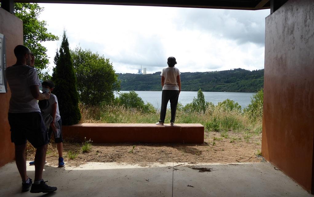Lago de Meirama: senda y playa