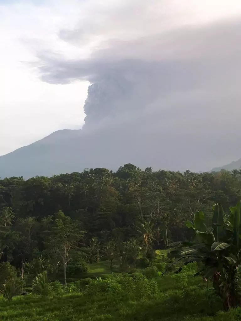 Bali's Mount Agung emits an ashcloud: seen from Kubutani, Sidemen, in November 2017.