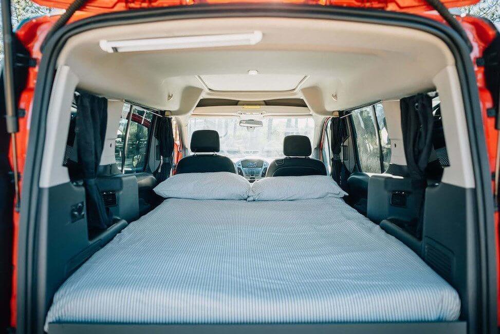 Santa Cruz Camper Bed