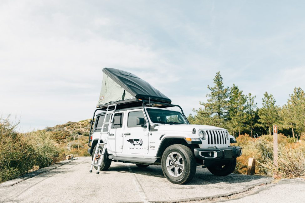 jeep camper with rooftop sleeper tent