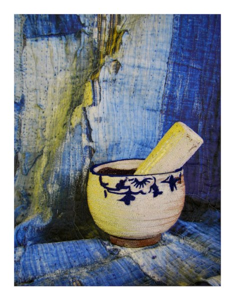 Still Life Mortar and Pestle full, 300 pixels