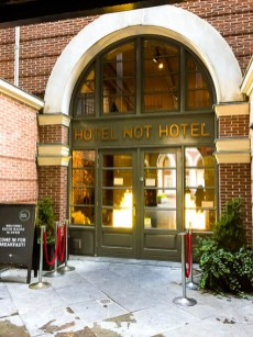 Looking for a budget hotel in Amsterdam for your next trip? Look no further than the brilliantly named 'Hotel not Hotel'! If you're looking for something unique, relaxed and perfectly located, this is for you.