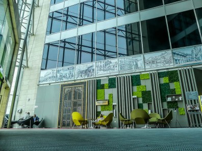 Dubai is famed for its wealth, luxury and hospitality. But how do you get this when you're travelling on a budget? My stay at the Ibis Styles Dubai Jumeria ticked all these boxed and more. Find out here!