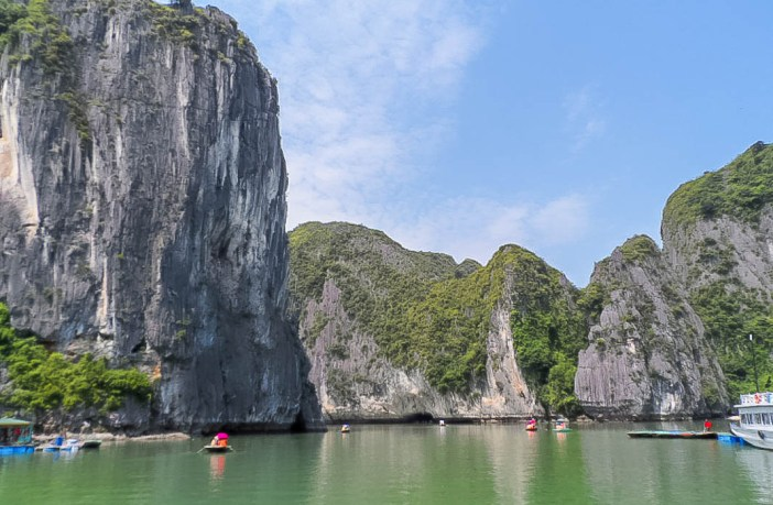 Thinking of going to Vietnam? You're going to love it! This vibrant country is full of food, culture and stunning sights to experience. Here is my ultimate 3 week Vietnam itinerary to get you inspired.