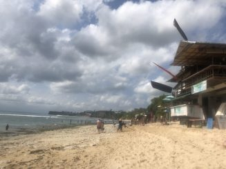 Planning a trip to Bali and want to explore the south? The Bukit Peninsula is full of things to do. Find out where to go and what to do in my guide here.