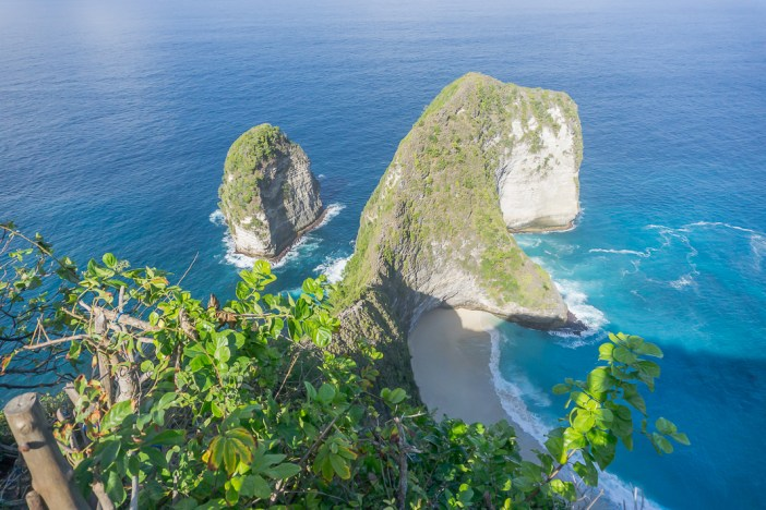 Planning a trip to Bali? Make sure you visit Nusa Penida! Here are my top things to do on Nusa Penida and my guide to visiting.