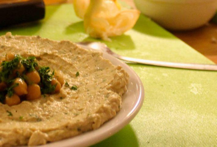 Hummus Workshop & Dinner in Jerusalem