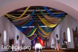 Iglesia con hamacas