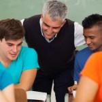 Dica EI para a sala de aula: Educar a autoestima – elogiar antes de criticar