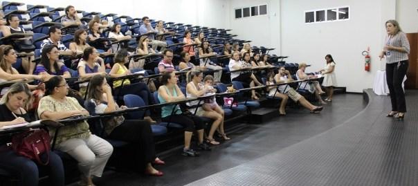 escola-da-inteligencia-inicia-formacao-anual-para-pais