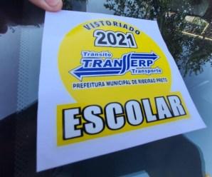 Selo Verificador do segundo semestre é instalado nos veículos escolares de Ribeirão Preto