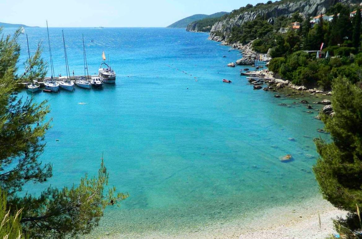 Praias mais lindas do mundo - Praia Blue Lagoon, na Ilha de Hvar (Croácia)