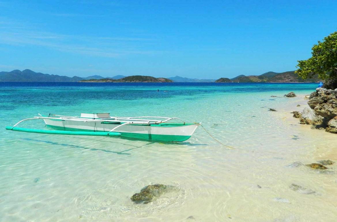 Praias mais lindas do mundo - Ilha Bulog, em Corón (Filipinas)
