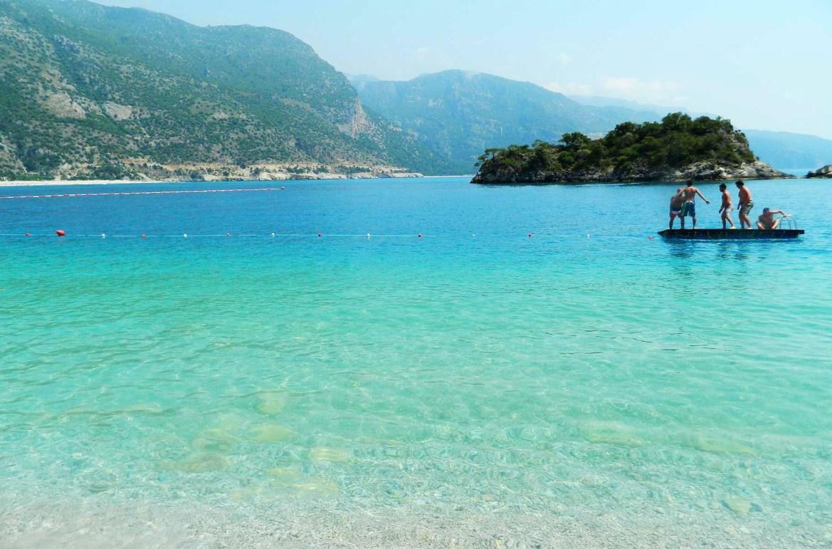 Praias mais lindas do mundo - Praia Blue Lagoon, no balneário de Oludeniz (Turquia)