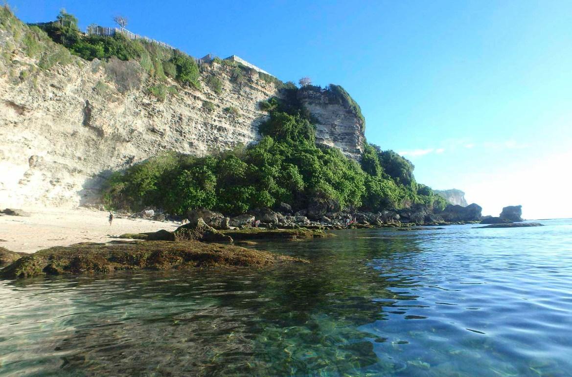 Praias mais lindas do mundo - Praia de Uluwatu, na Ilha de Bali (Indonésia)