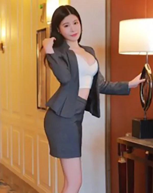 Ashley - Qingdao Escort 2