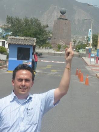 En el centro del mundo, cerca a Quito-Ecuador
