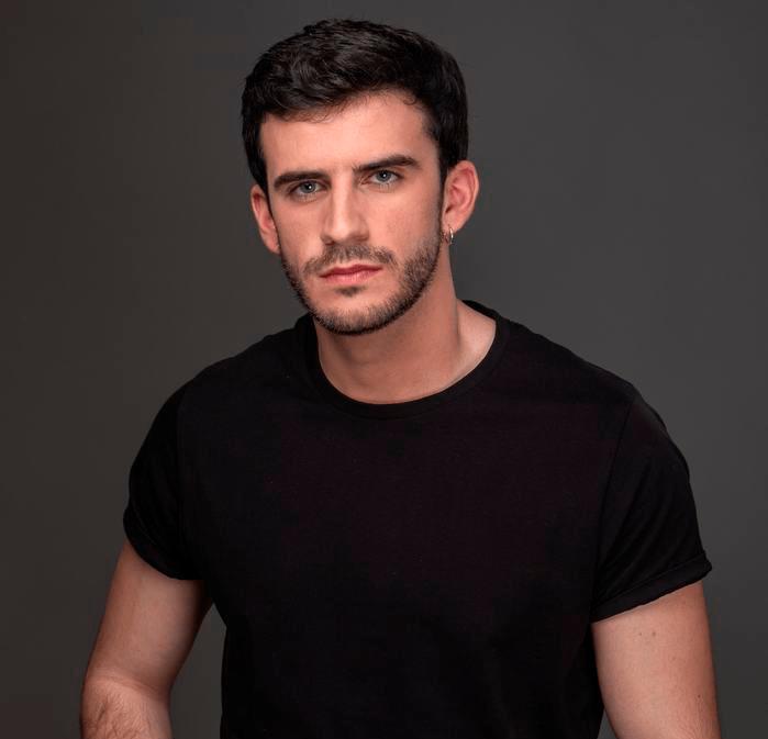 Visita la Escuela el actor Alejandro Vergara