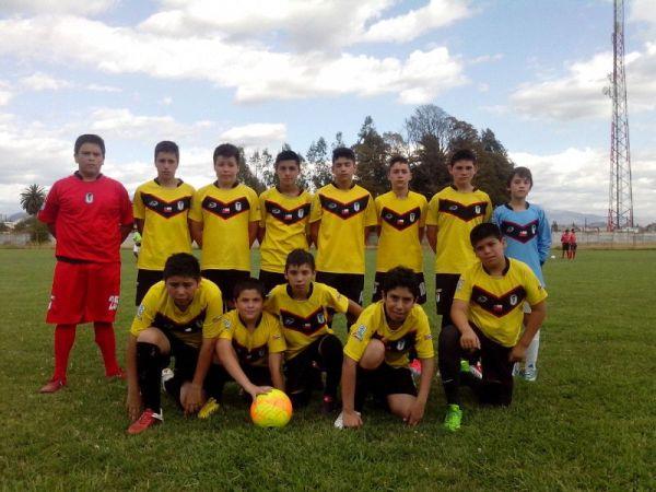 : Escuela Oficial de Futbol Santiago Morning : escuela de ...