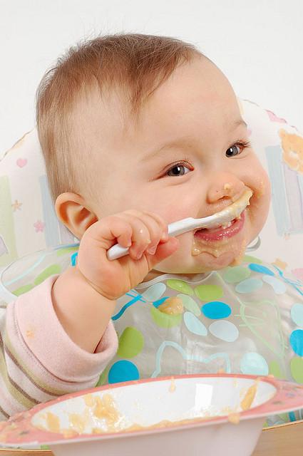 bebé-alimentación