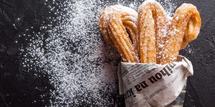 foto de unos churros con azúcar