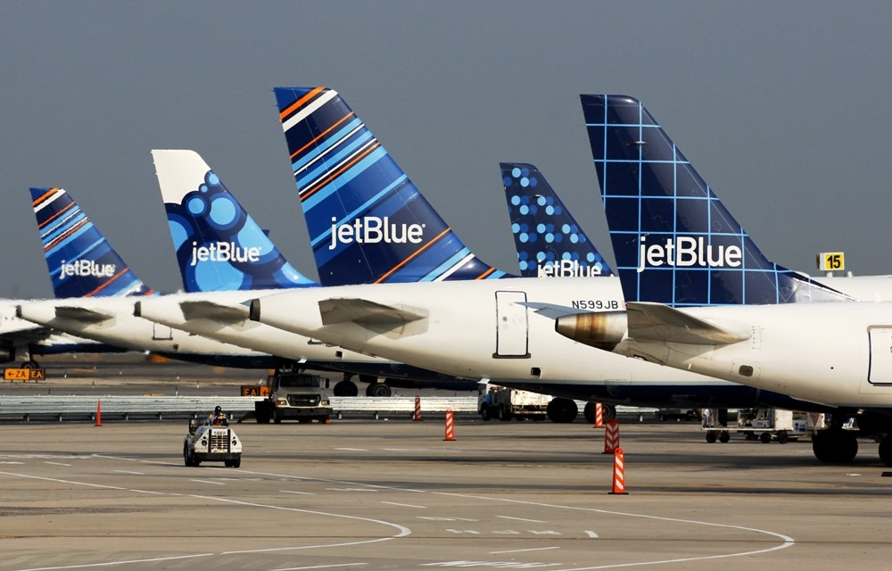 JetBlue Reaches Domestic Carbon Neutrality Through Offsets, Begins Use of Sustainable Fuel