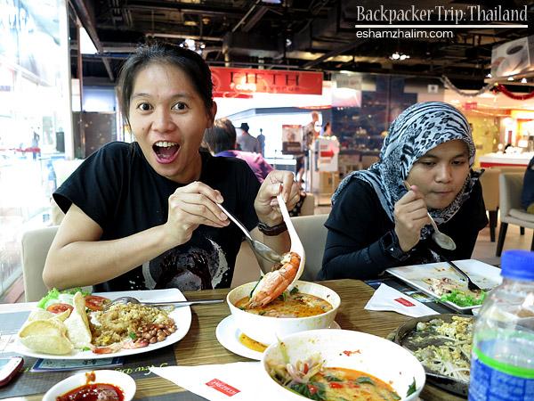 backpacker-trip-thailand-bangkok-lopburi-hatyai-kachanaburi-sunflower-farm-bunga-matahari-visit-thailand-eshamzhalim-ktmb-40