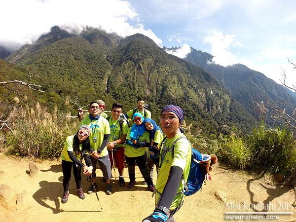 misi-mendaki-gunung-kinabalu-low-peak-ke-laban-rata-mesilau-trail-akinabalu-sabah-toohotdemo-pendakian-kinabalu-09
