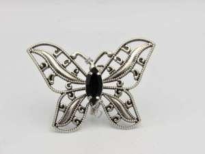 Χειροποίητη ασημί vintage καρφίτσα πεταλούδα με μαύρη πέτρα. Μέγεθος 6,5εκ