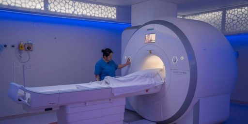 Emirates-Specialty-Hospital-MRI-Room-01