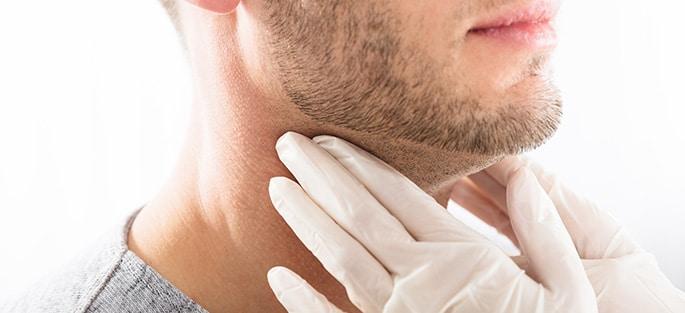 Thyroid-and-Parathyroid-Cancer-Surgery-685x313