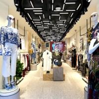 <!--:es-->Desigual abre nueva flagship store en Tokio<!--:--><!--:ja-->バルセロナ発ブランド『Desigual』が東京銀座中央通りをグランドオープン<!--:-->