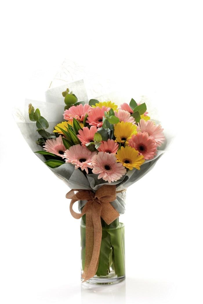 Mystical Holland Daisies | Hand Bouquet Flowers | Eska Creative Gifting