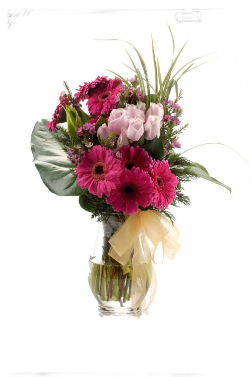 Lushful Mix Holland Daisies & Roses Bouquet | Flowers In Vase | Eska Creative Gifting