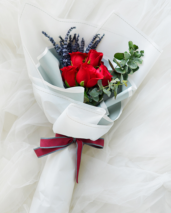 Sweetest Love Red Roses Bouquet | Valentines Special | Eska Creative Gifting