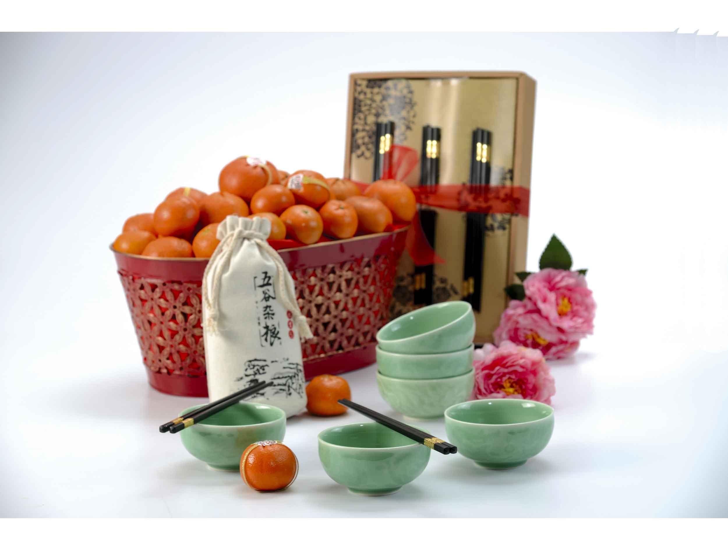 Fortune Abundance with Mandarins | Chinese New Year Hampers & Gifts | Eska Creative Gifting
