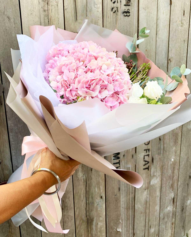 Sweet Love Hydrangeas | Hand Bouquet Flowers | Eska Creative Gifting