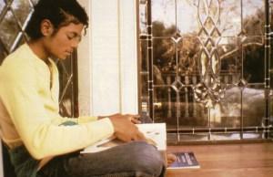 michael-jackson-kitap-okurken