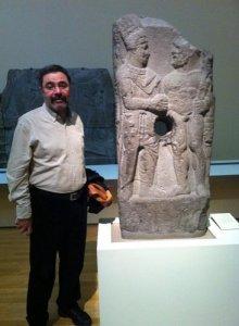 ahmet-umit-Kral-Antiakos-ile-Herakles-kabartmasi