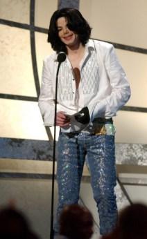 Michael-jackson-2003