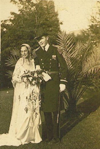Robert-A-Heinlein-ve-Leslyn-evlilik-gunu-1932