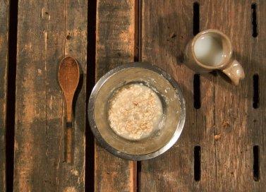 oliver-twist-yemek-sofrasi