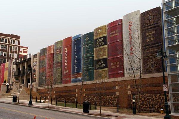 unique-architecture-of-public-library-kansas-library-kitaplardan-yapilmis-yapilar-