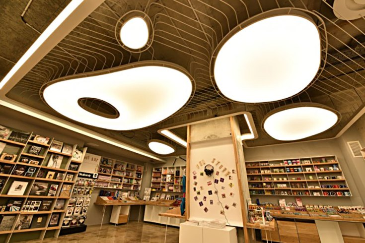 carousel-of-light-library-bucharest-bookstore-10