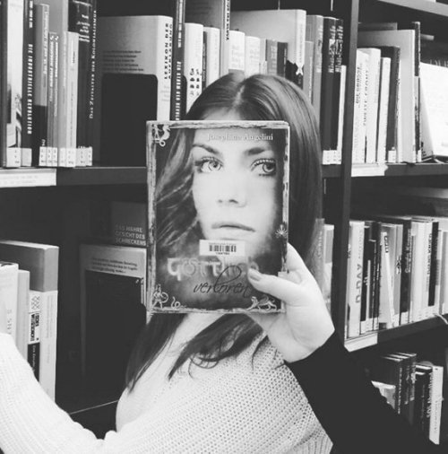 bookface-195