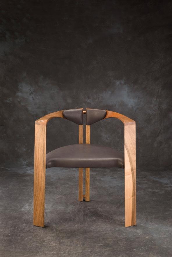 E mobilier Mandala vtc 12 06 004 - Le siège Mandala en noyer cuir