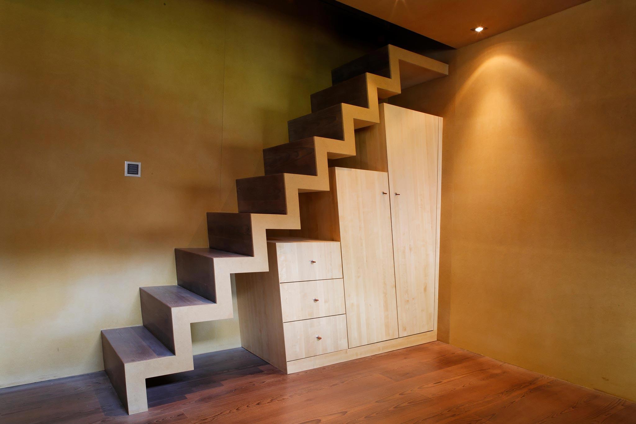 Es Gd Raccard 678 escalierEtage hor 20 05 010 - Le 2ème escalier du Grand Raccard
