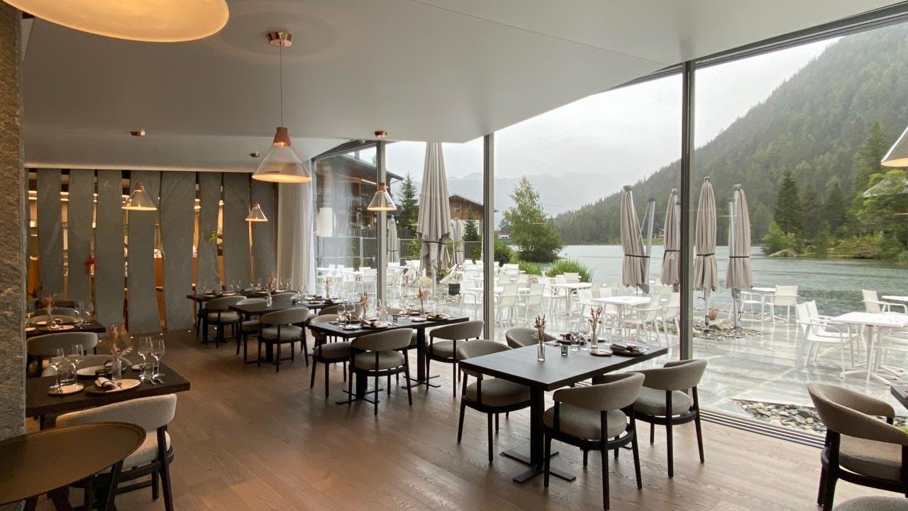 ES Aca 5760 restaurant mea 20 08 015 1 - Restaurant le 1465 du Club Alpin